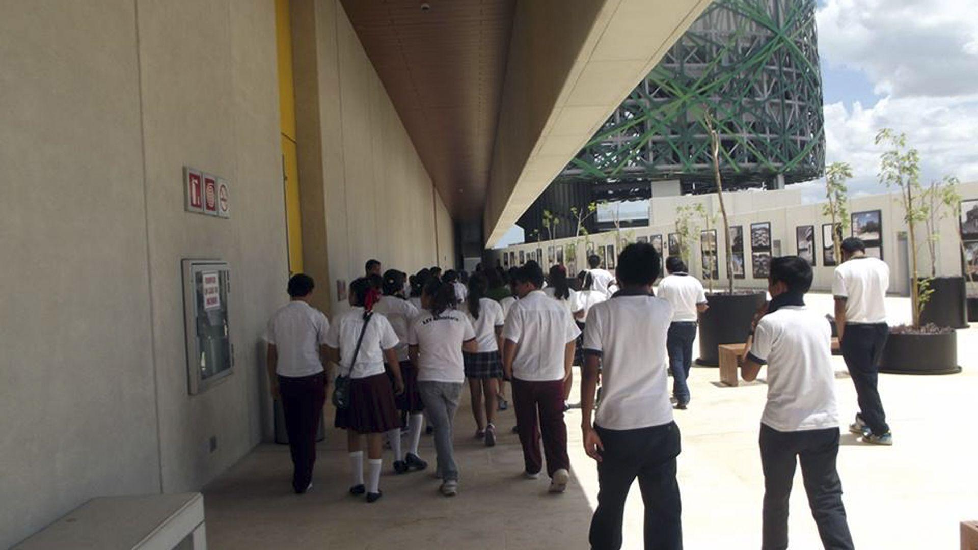 Servicios gran museo del mundo maya de m rida for Servicios escolares arquitectura